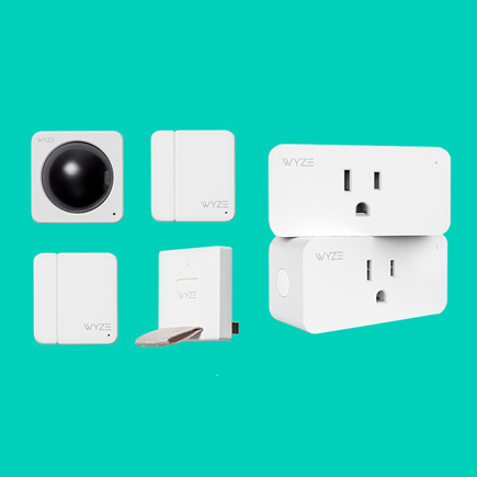 Image of plugs and other Wyze components
